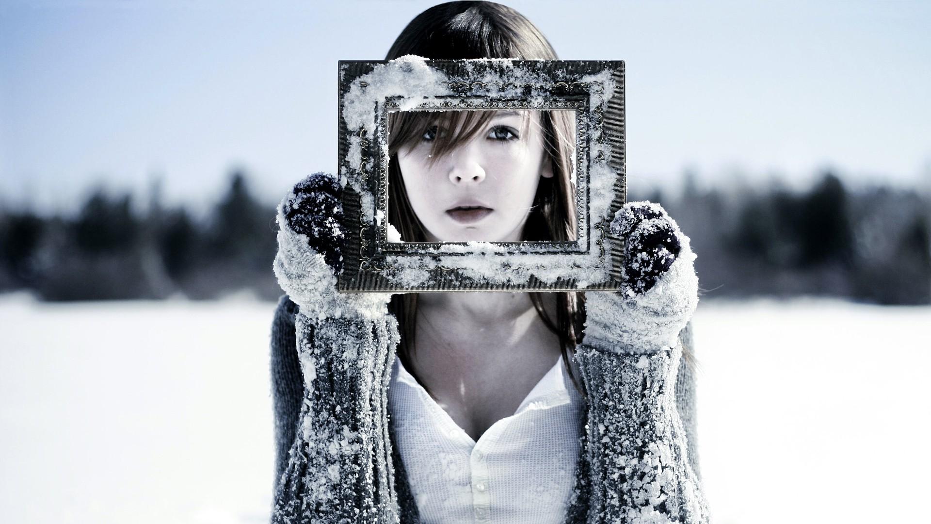 Fondos de pantalla : mujer, monocromo, morena, nieve, invierno ...
