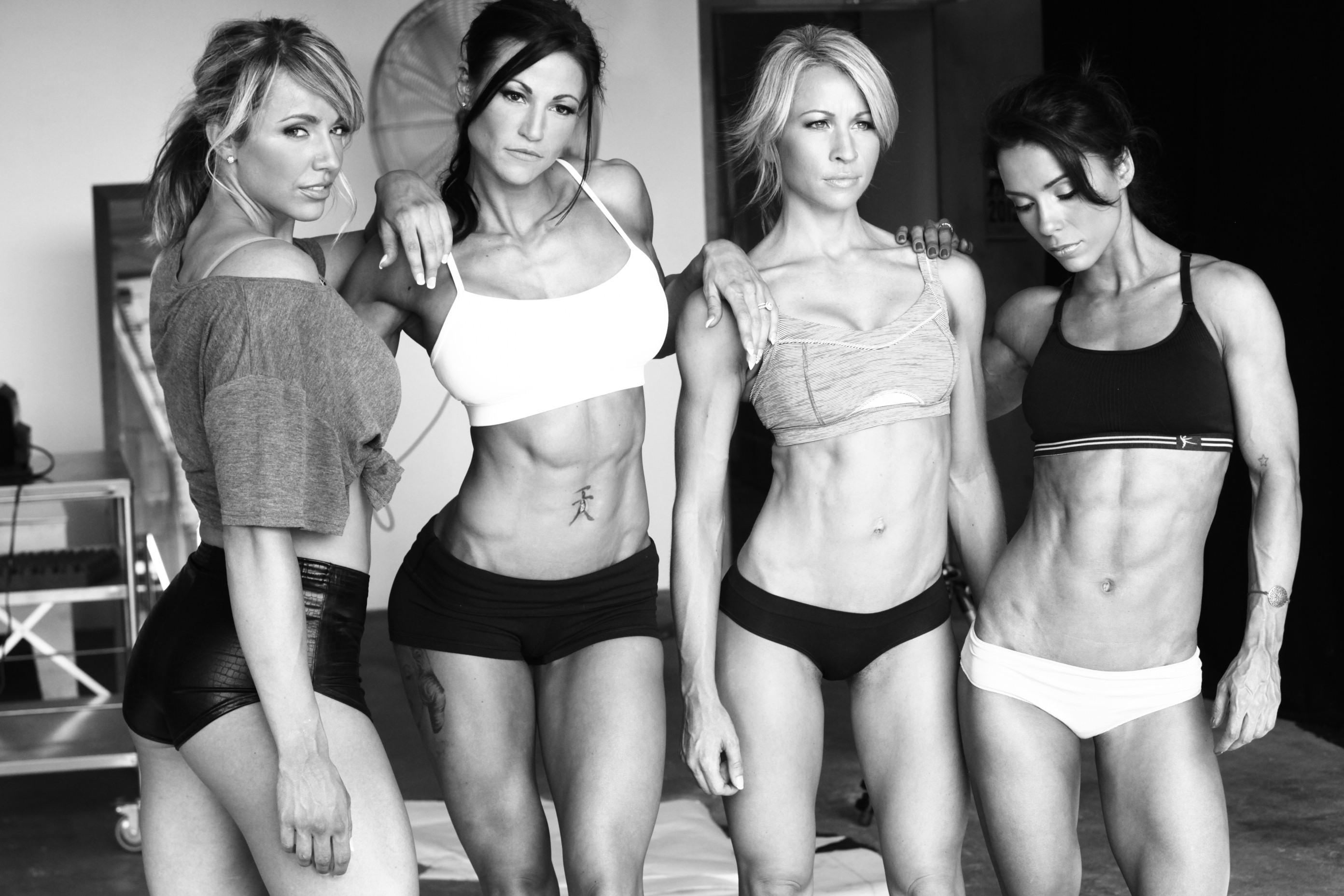 Muskulös frau Some girls*