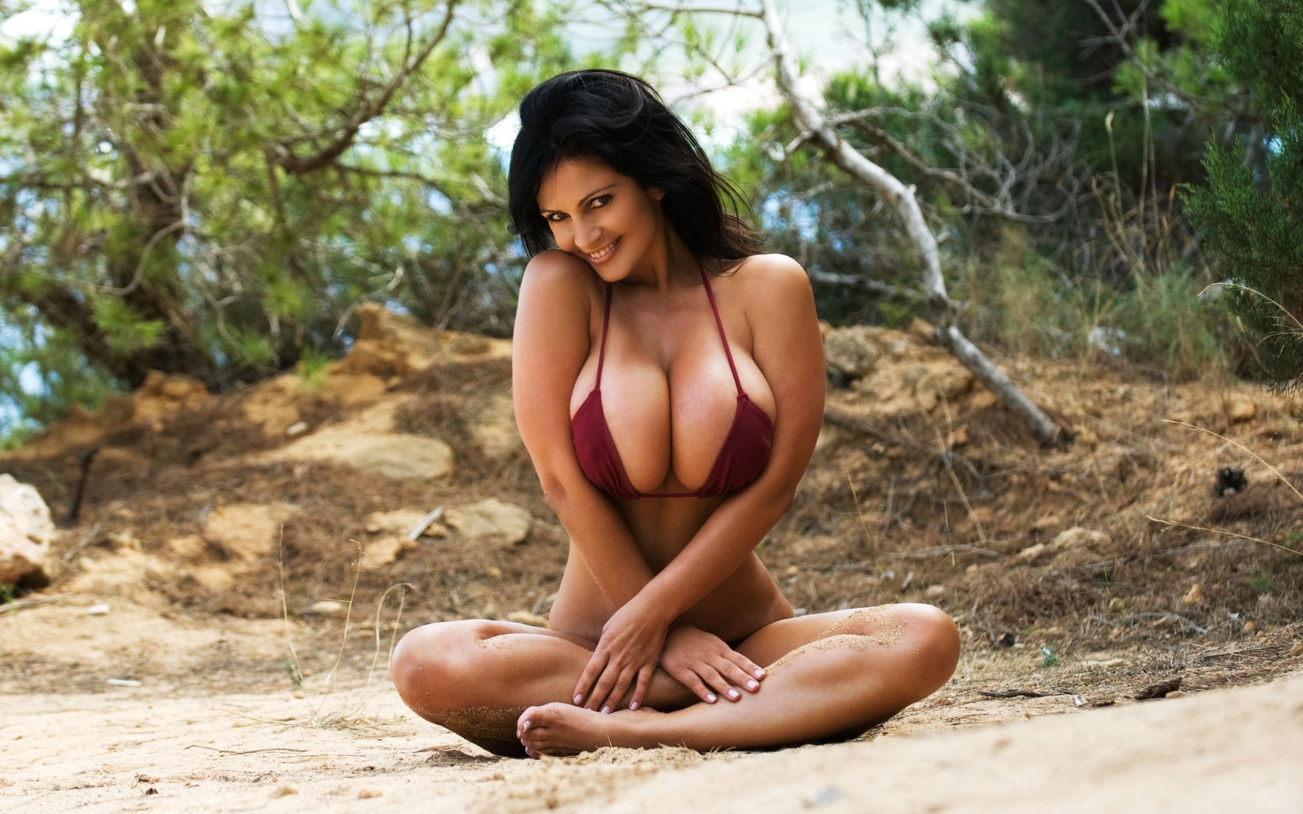 Tall nude sexy women