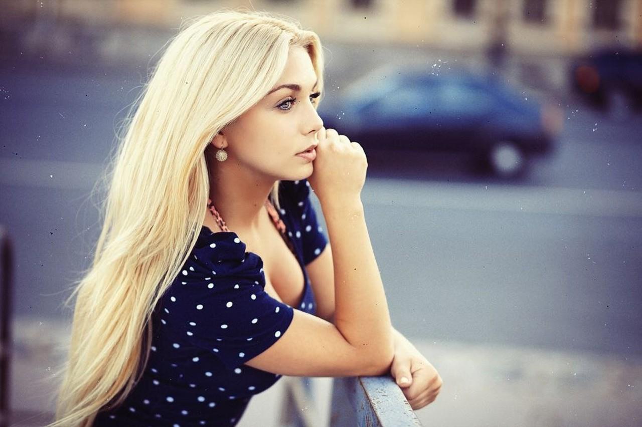 Картинки на аву для девочек блондинки
