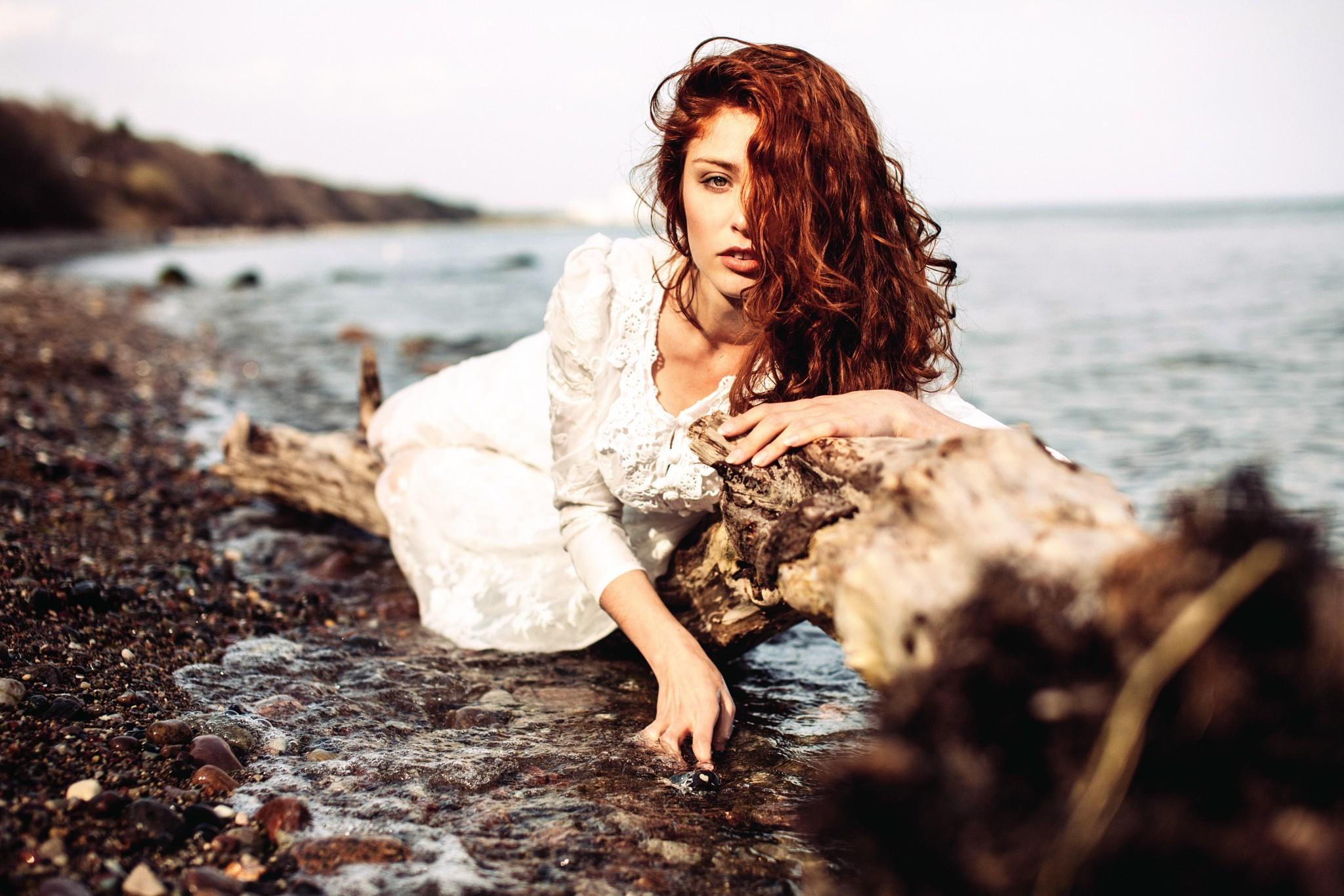 песочного портрет на фоне воды фото пора написать