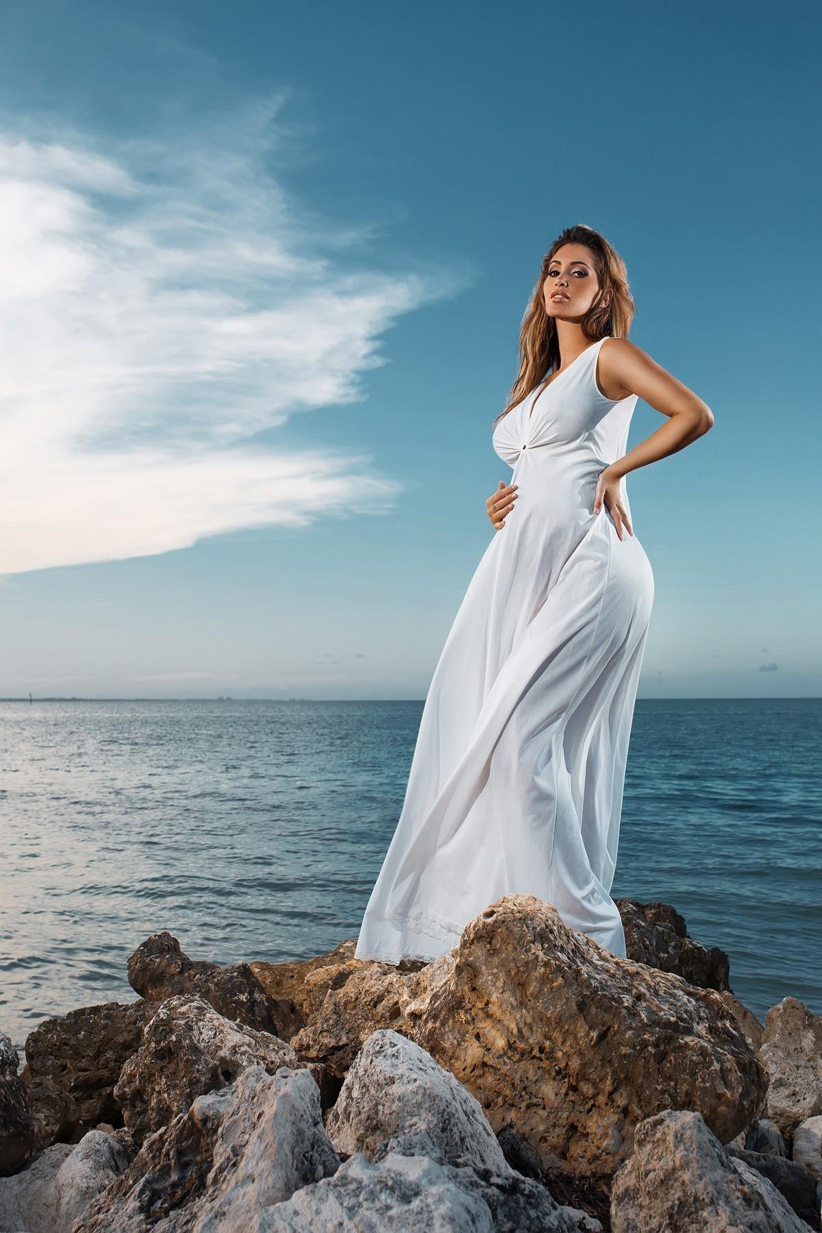 свадебное платье для фотосессии на море сначала казалось