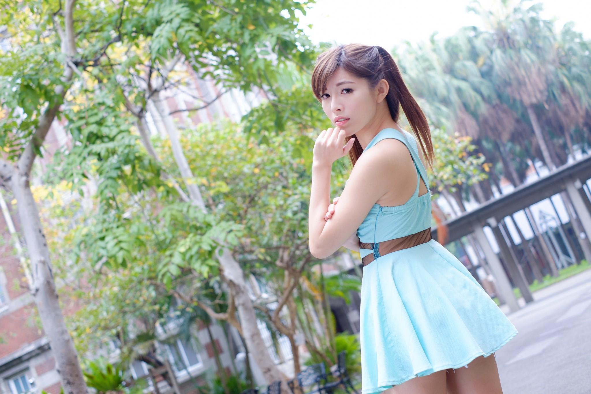 Азиатки в платьем, фотки влагалищ крупным планом