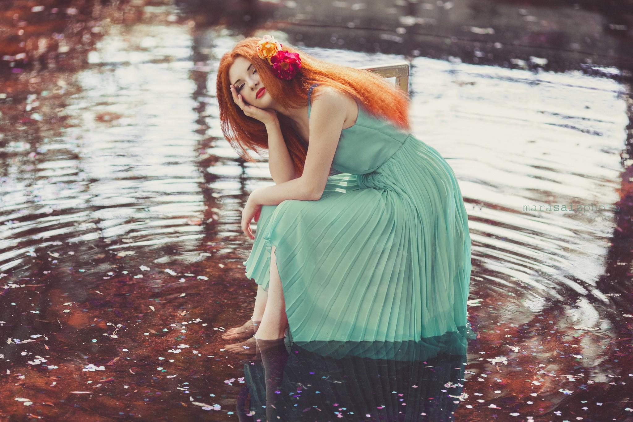 Рыжие женщины фото под водой развел