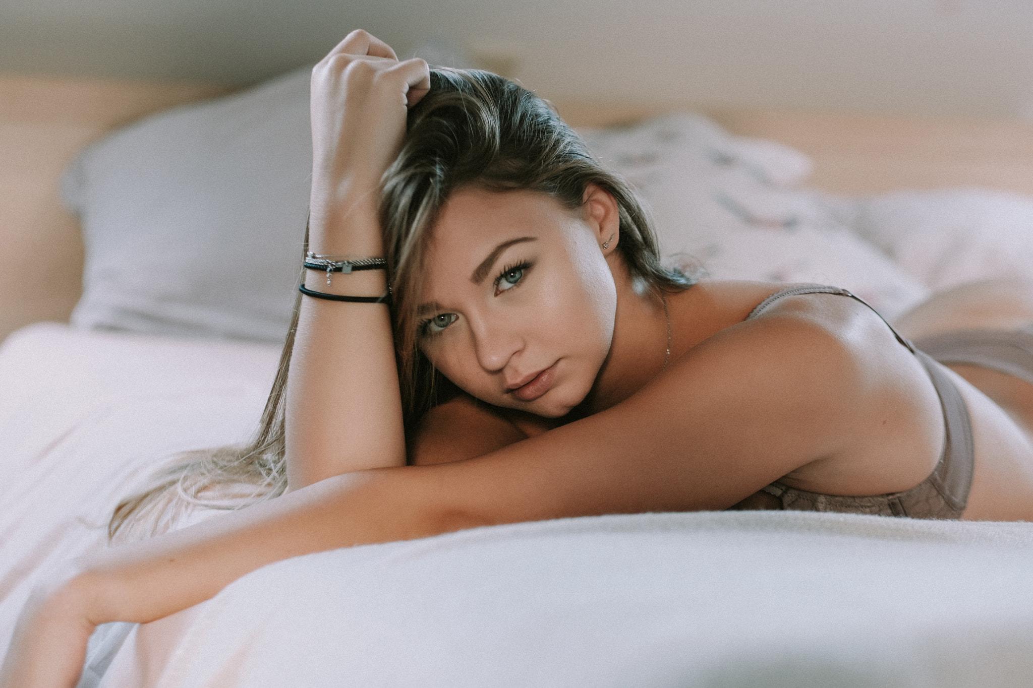 unknown erotic Asian pics