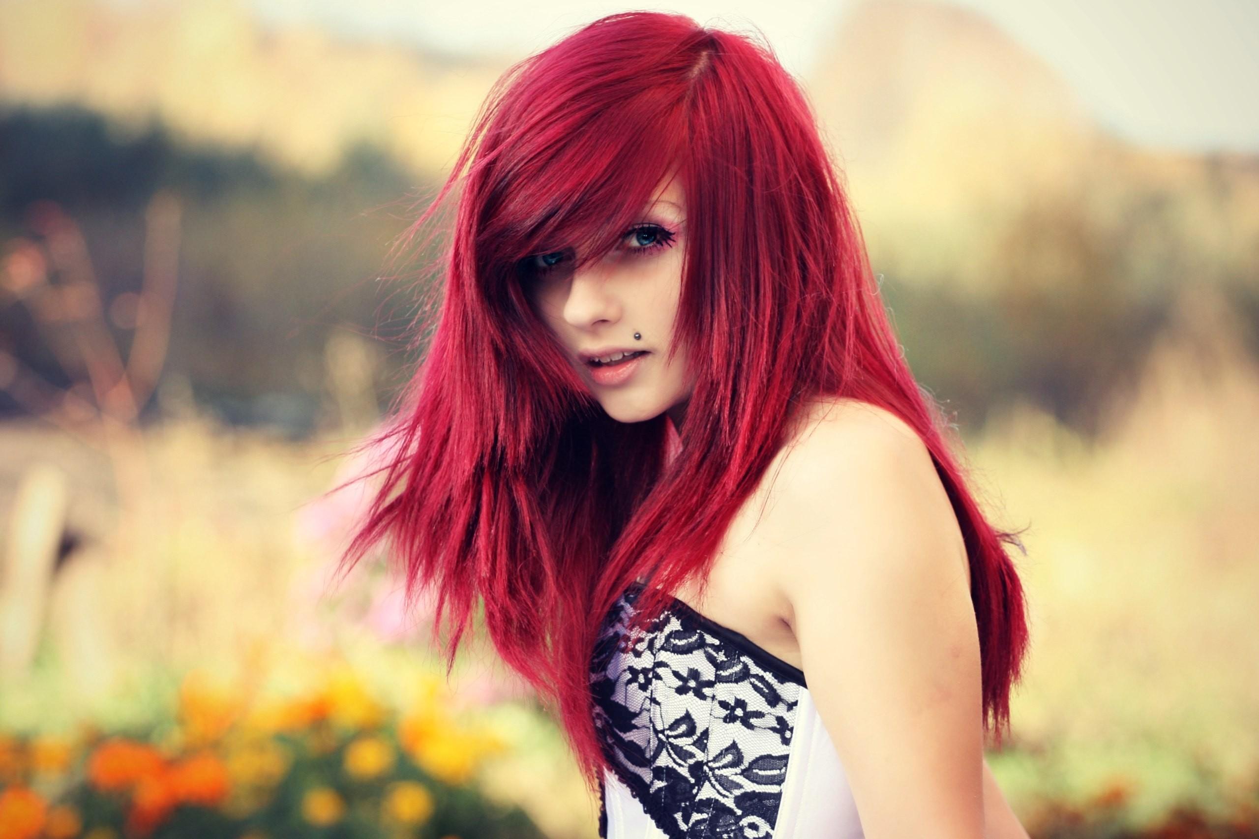 волосы красного цвета картинки строгий стиль, который