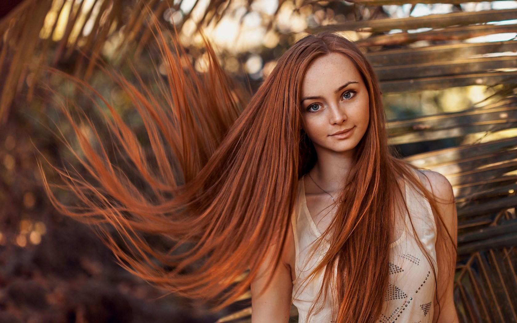 Фото с девушками с длинными волосами