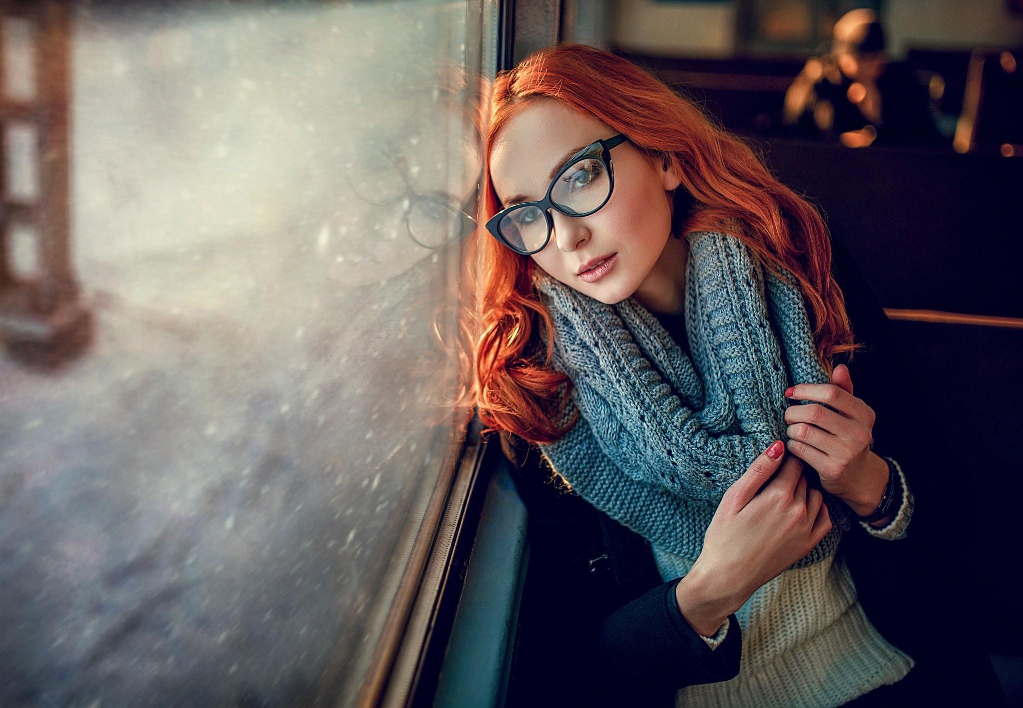 redhead-glasses