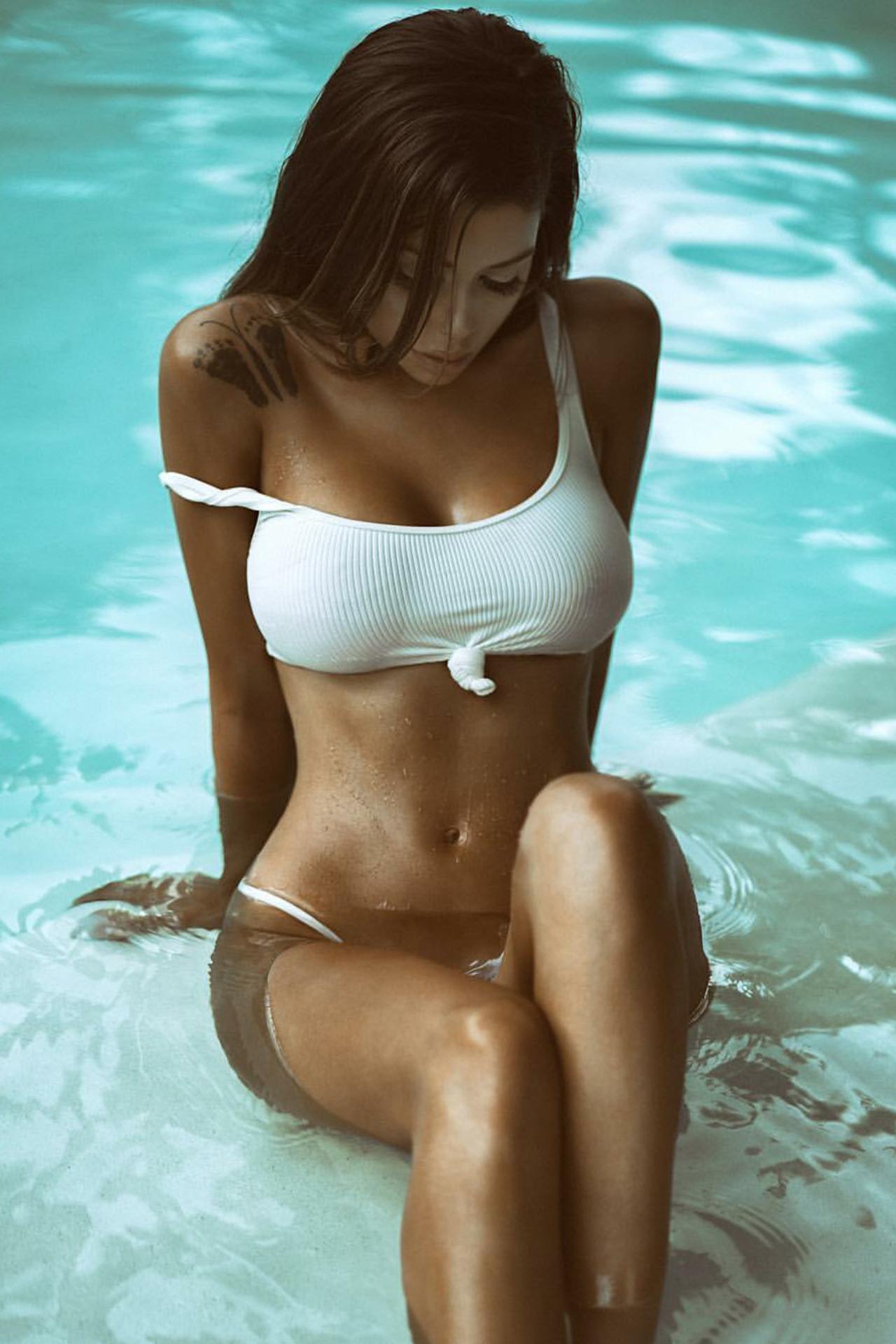 juli waters naked pics