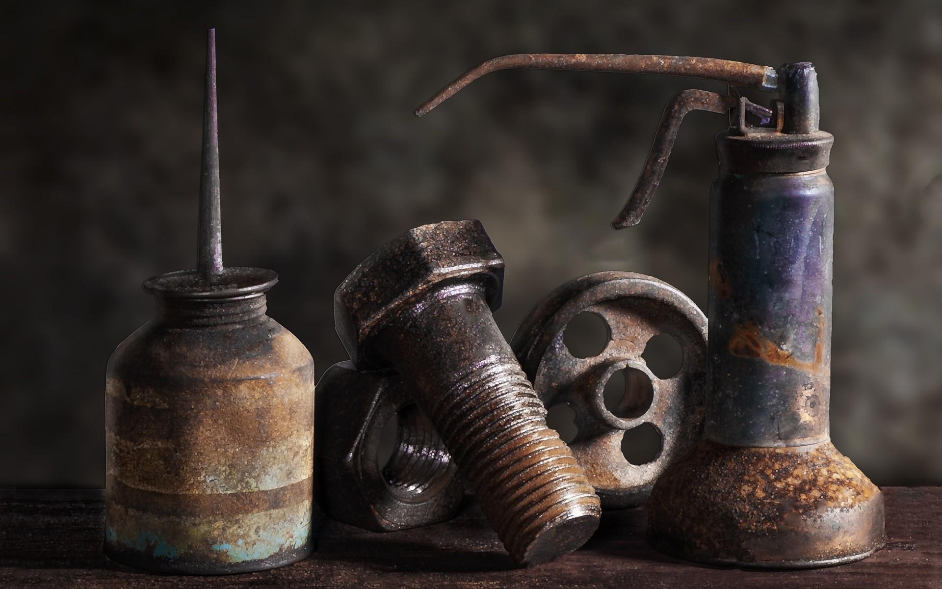 Fond d 39 cran bois rouille m tal cru outils des vis for Enlever rouille sur outils